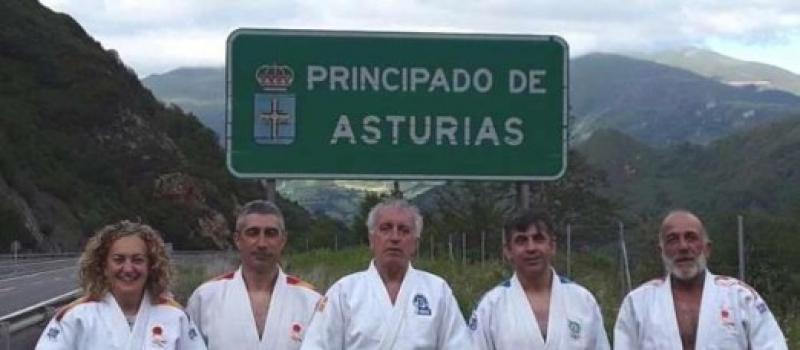 Cuatro alumnos del Maestro  Gandoy 6º dan de Judo