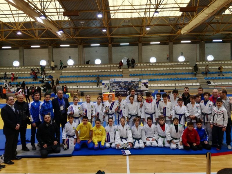 Buena actuación del equipo Asturiano en Compostela