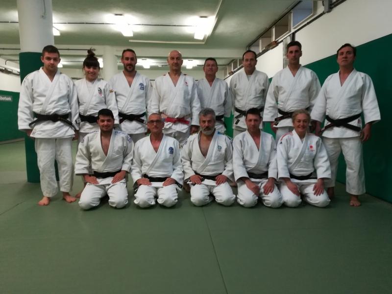 Concentración del equipo de Kata federativo